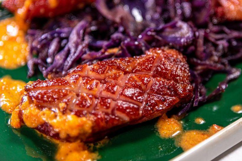 Salată tabbouleh cu cous cous israelian și carne de vită